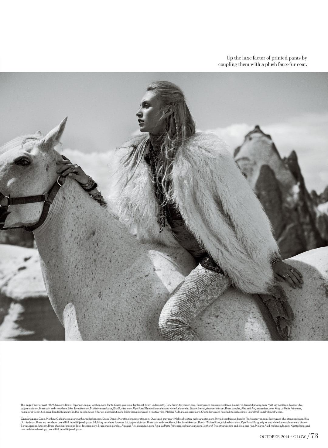 glow-cappadocia-horse