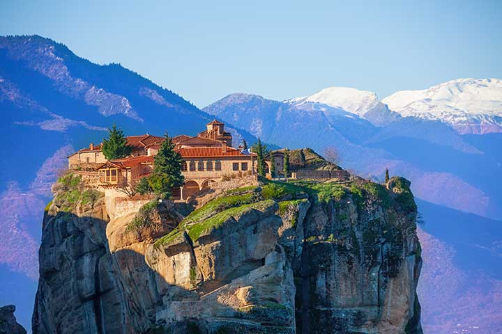 monastery-holy-trinity-meteora-greece