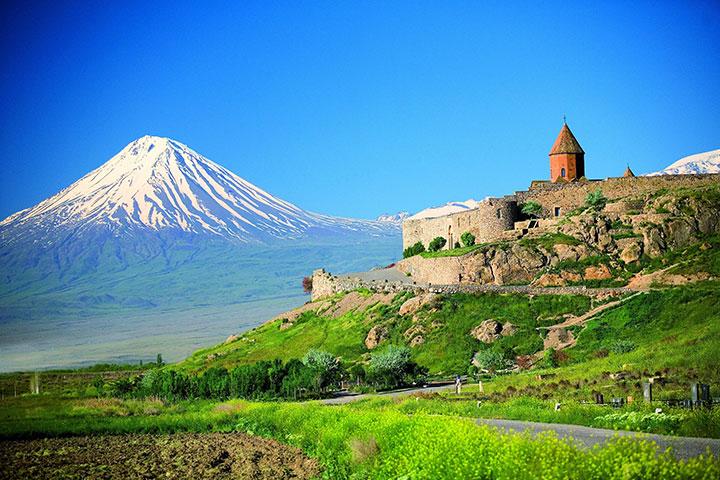 Mountaineering Ararat